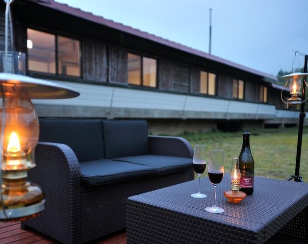 梶ヶ森山荘と中庭テラス