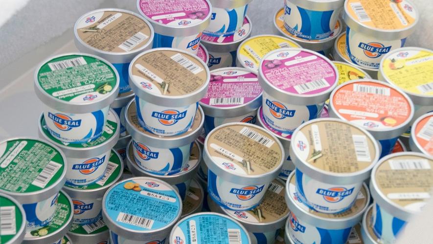 【館内ショップ イメージ】 人気のブルーシールアイスクリームのお取り扱いもございます。