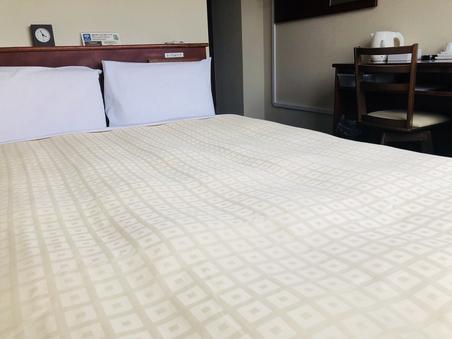 【禁煙】ダブル 140cm幅ベッド