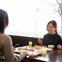 レストラン朝食営業時間 / 6:30から9:30まで どうぞご利用ください♪