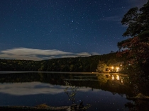 星空広がる白駒池と白駒荘