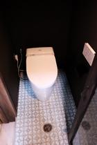 トイレのレトロタイル