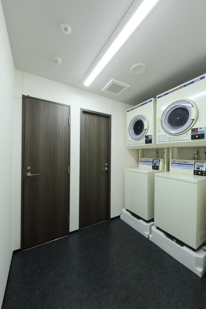 ランドリールーム完備【洗濯機・乾燥機】