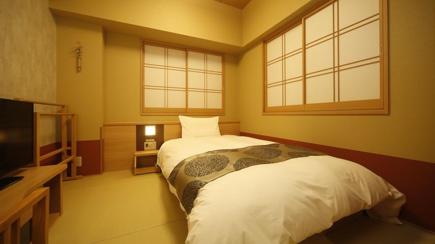シングルルーム【禁煙】(120×195センチ)約15.6平米♦サータ社ベッド完備♦