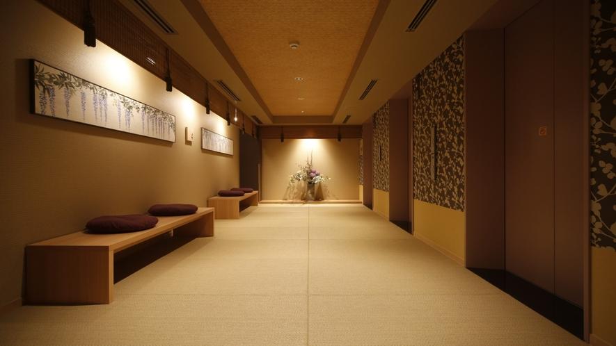 ◆EV前廊下◆