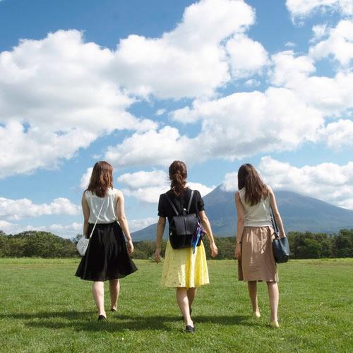 *草原イメージ/女子旅にもおすすめ!気の会う仲間とニセコの自然を満喫すれば、一生の思い出に!
