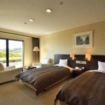*【洋室30~36平米(バス付/洗浄機付トイレ)】全室セミダブルサイズのゆったりベッドをご用意。