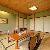 *【和室10~12畳(バスなし/洗面所付/洗浄機付トイレ】ゆったり和む空間で、おしゃべりも弾みます。