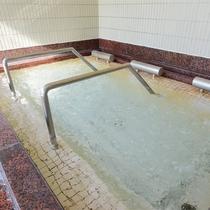 *【寝湯(男性)】露天風呂・主浴風呂・泡風呂・打たせ湯・ボディシャワー・サウナ・水風呂もございます。