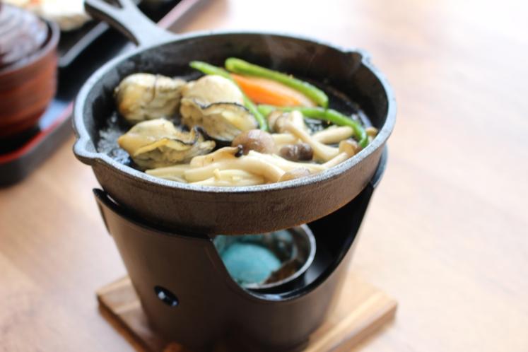 牡蠣のキノコ焼き