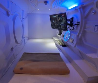 カプセルベッド