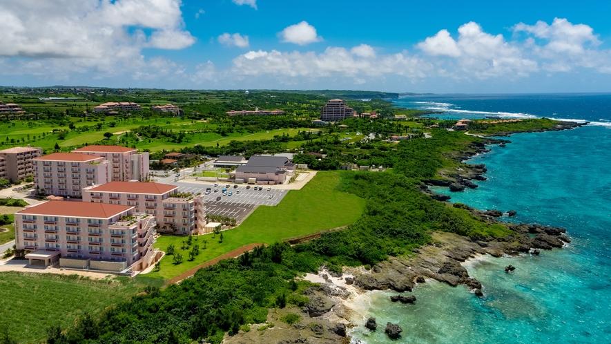 【ホットクロスポイントサンタモニカ/外観】ホテルの目の前に海が広がるロケーション
