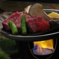 特選国産牛サーロイン朴葉焼ステーキ