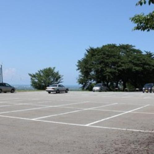 120台駐車OK!広々した駐車場☆