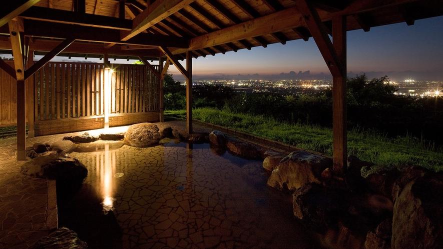 富山平野・富山湾が一望できます☆【露天風呂】☆夜景もとても幻想的で綺麗です。