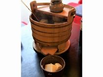 京都グルメ 湯豆腐(イメージ)