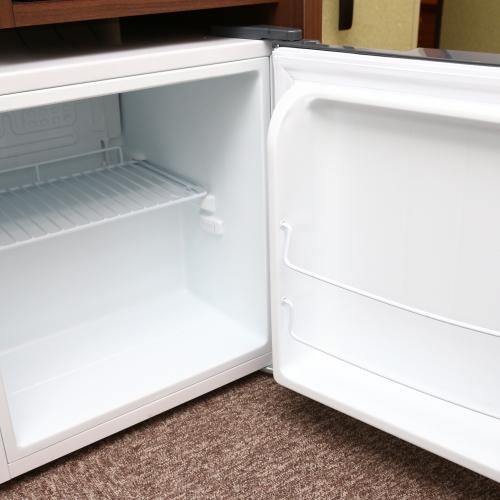 客室〜冷蔵庫