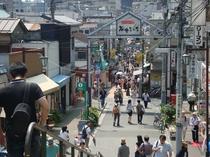 谷中銀座商店街(ホテルより徒歩・電車25分)