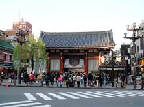 浅草寺(ホテルより徒歩・電車で18分