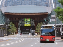 観光におすすめ! 城下まち金沢周遊バス
