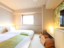 ◆全室禁煙 和洋室ツイン【20㎡・低床ベッド110cm】