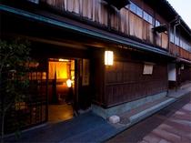 金沢ひがし- 志摩 -(ホテルよりバス25分)【写真提供:金沢市】
