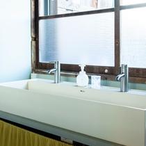 男女共用洗面台
