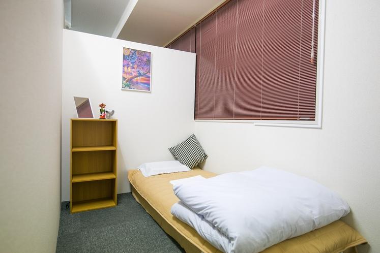 L部屋(4F)