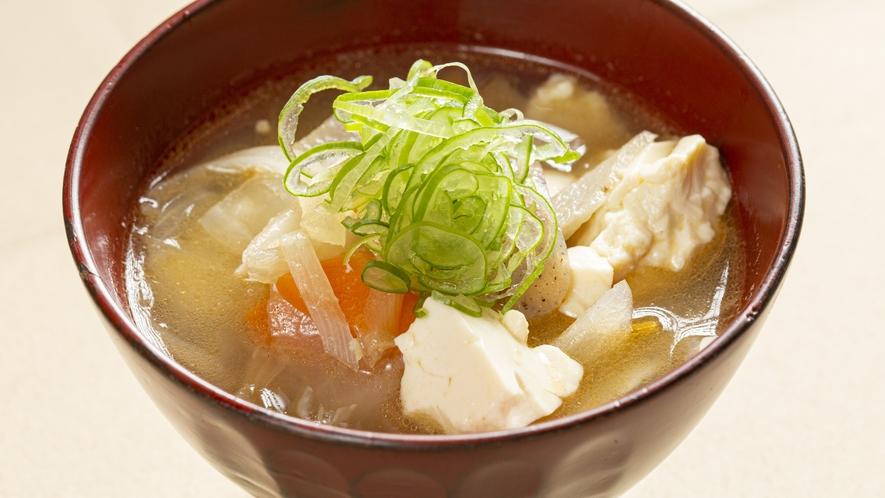 *【朝食】鎌倉が発祥と言われるけんちん汁はおすすめです