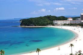 白良浜ビーチ (和みより車約8分)