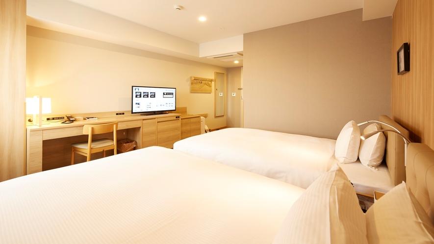スタンダードツイン/120cm幅ベッド×2台/16平米