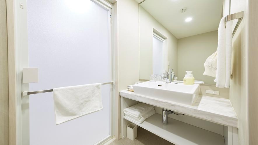 コーナーツイン バスルーム