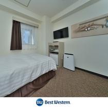 シングルルーム 12.8m² シモンズ社製120㎝幅ベッド