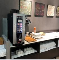 ドリンクサービス (コーヒー ・カフェインレスコーヒー・緑茶・紅茶)