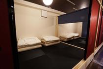 3つに区切れる寝室とお布団