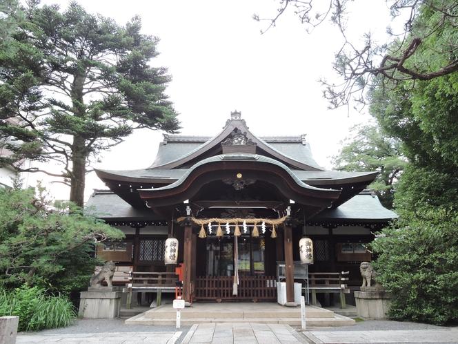 近くの熊野神社まで徒歩2分