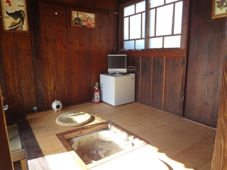 和室3畳・板の間2畳