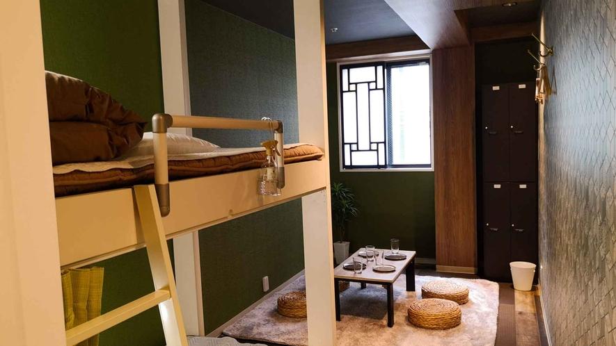 ・【個室】3人部屋/貴重品ロッカーも完備で安心