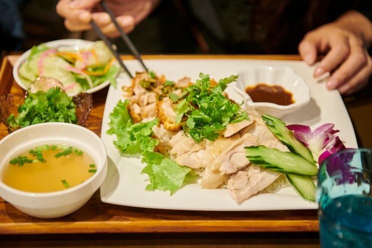 妄想海外旅 タイ カオマンガイランチ