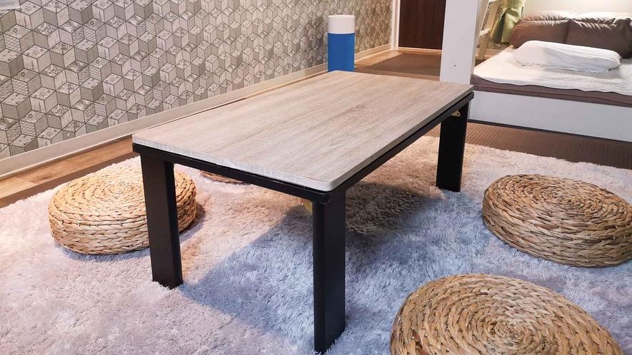 ・【個室】3人部屋/テーブル&スツール