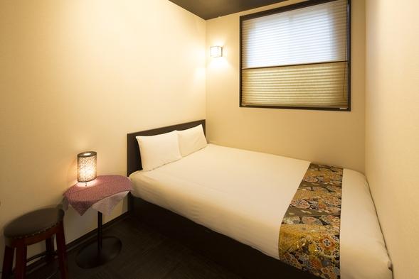 モダン洋室Aタイプ(エコノミーダブル)◆モダンな雰囲気の中に和のアクセントカラーが鮮やかなお部屋!