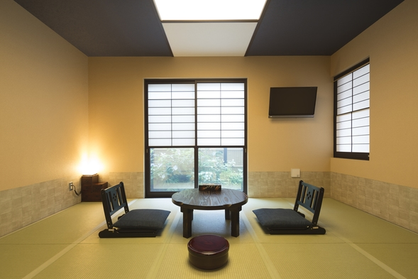 デラックス 和室10畳◆伝統的な和室の雰囲気に遊びごころを取り入れた新感覚の和室。ゆったりサイズ
