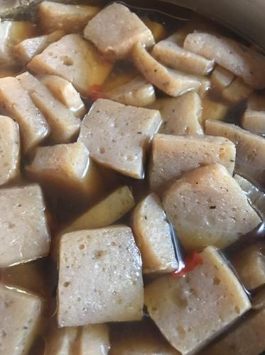 蒟蒻芋から作る蒟蒻の炊いたん