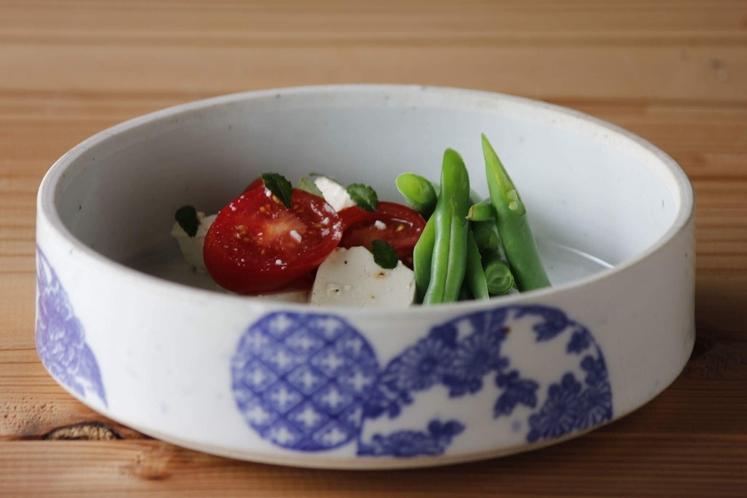 トマトと塩麹漬お豆腐