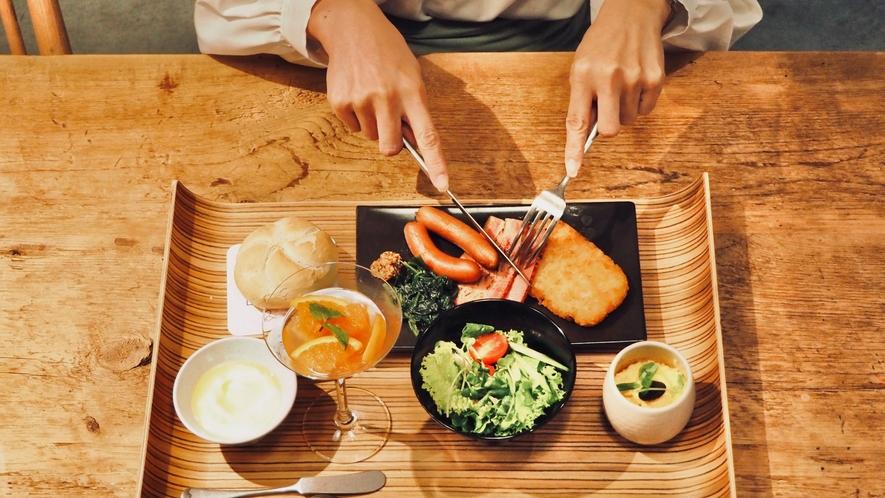 【朝食】メイン&サイドの朝食メニュー