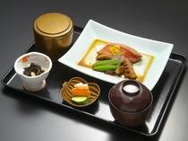 金目鯛定食(一例)
