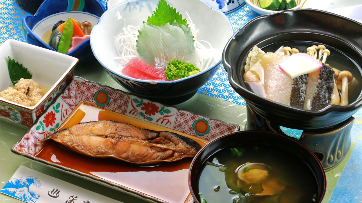 【夕食一例】ビジネス・ボランティア◆旬の素材を活かし栄養バランスを考えた和食