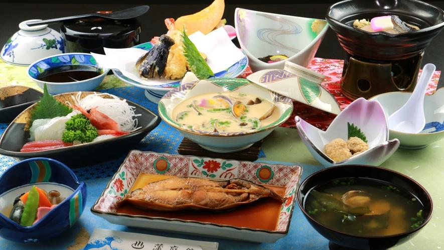 【夕食一例】旬の味盛りだくさんの夕食をお腹いっぱいお召し上がり下さい