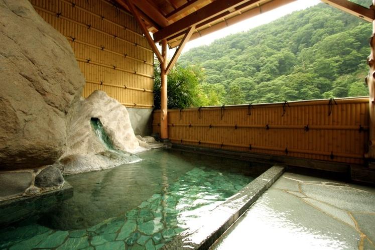 大浴場 岩戸野天風呂