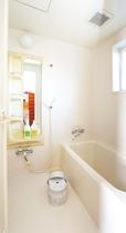 浴室(6人棟イメージ)